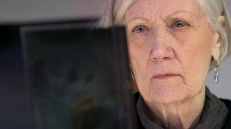 Barbara Kasten in